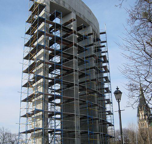 Пам'ятник Степа́нові Банде́рі  2011 р.